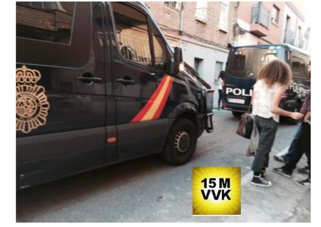 Montaje Fotos Ocupación PAH Vallecas_Página_4